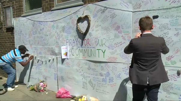 После пожара лондонцы разыскивают родных