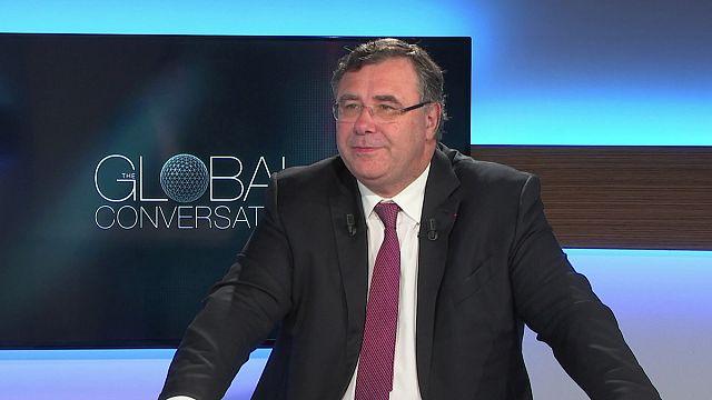 """""""Esta eleição (Macron) é um salto para a modernidade"""", Patrick Pouyanné, presidente da Total"""