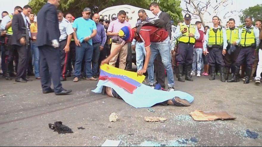 Венесуэла: грузовик сбил насмерть манифестанта