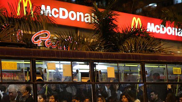 ماكدونالدز تنهي شراكة 40 عاما مع اللجنة الأولمبية الدولية