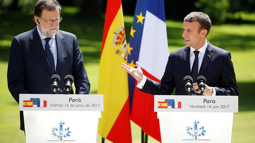 Uniós vezetőkkel tárgyalt Macron