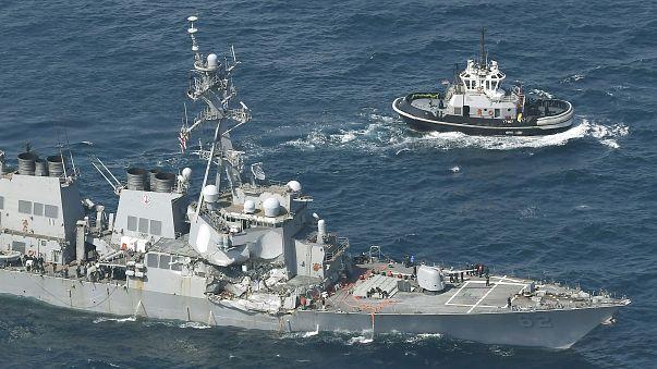 برخورد یک کشتی باربری با ناو جنگی، هفت ملوان آمریکایی ناپدید شدند