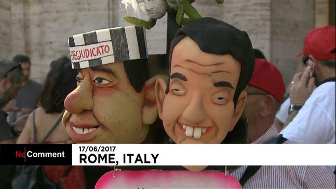 Protesta en Roma por el uso de cupones para remunerar empleos