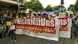 Muslims march against extremism