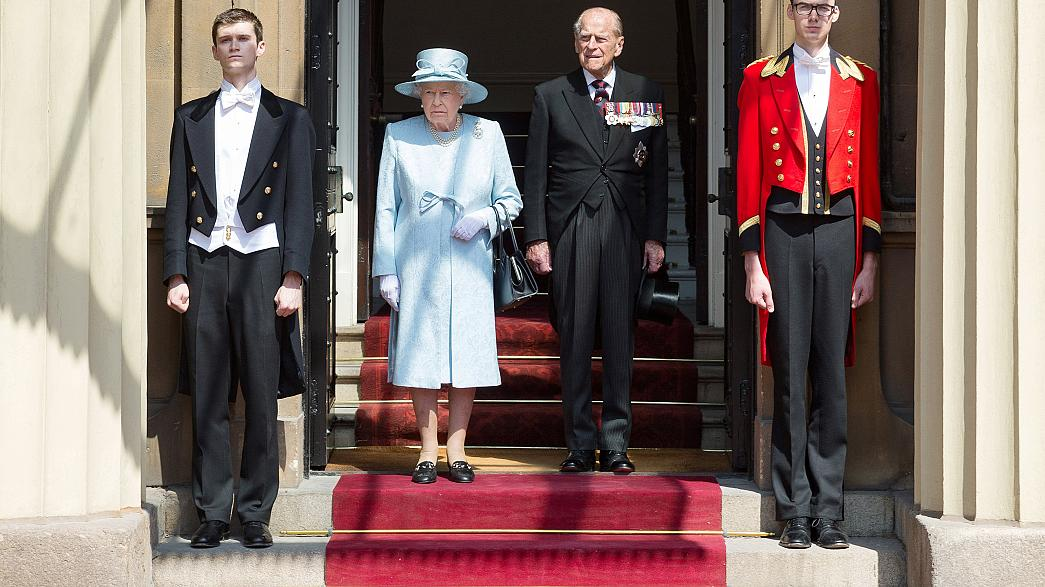 Lovasparádé a brit királynő születésnapján