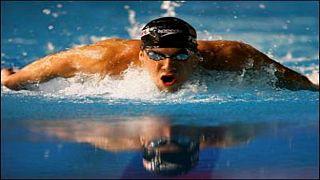 Michael Phelps köpek balığıyla yarışacak