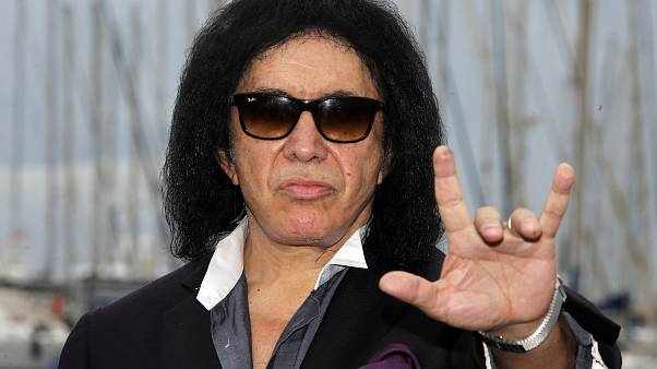 "Kiss frontman Gene Simmons wants to trademark ""devil horns"" gesture"