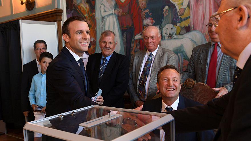 Francia: alta abstención en la segunda vuelta de las legislativas