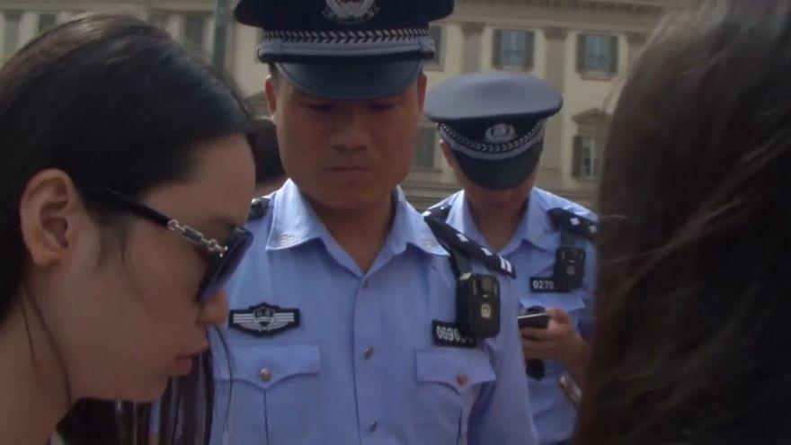 دوريات للشرطة الصينية في مدن إيطالية