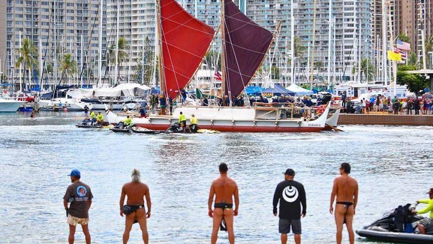 Il giro del mondo in canoa per difendere oceani e cultura indigena