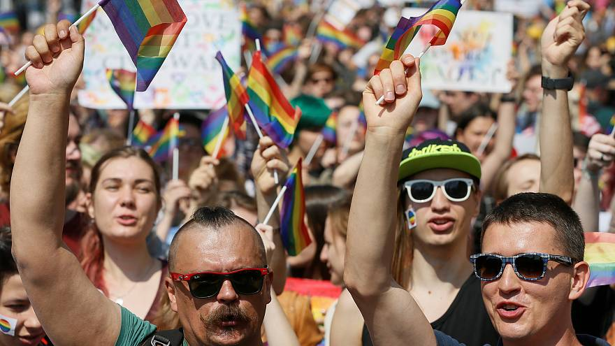 Ukraine: Kyiv celebrates gay pride