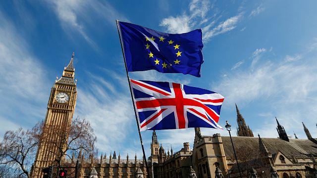 Brexit müzakerleri resmen başlıyor