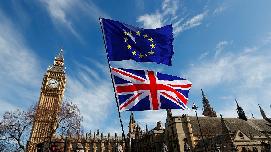 """Великобритания готовится к переговорам по """"брекситу"""""""