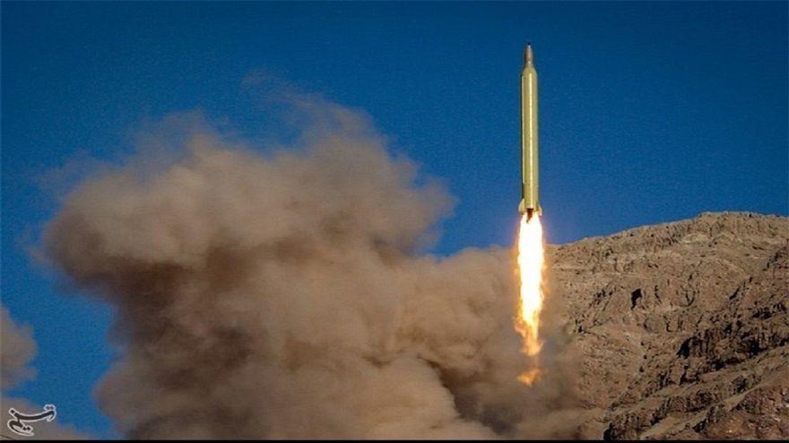 Irão lança mísseis contra posições do EI na Síria