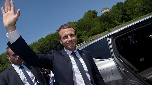 Fransa parlamento seçimlerinde Macron rüzgârı