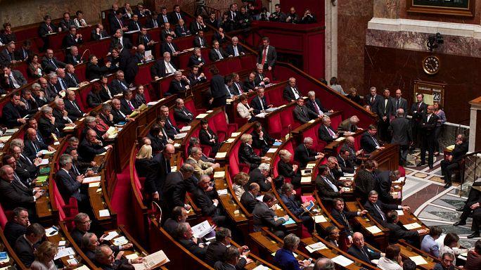 У президента Франции - абсолютное большинство в парламенте