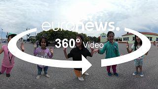 یونان؛ ویدئوی ۳۶۰ درجه از اردوگاه پناهجویان تا مدارس دولتی