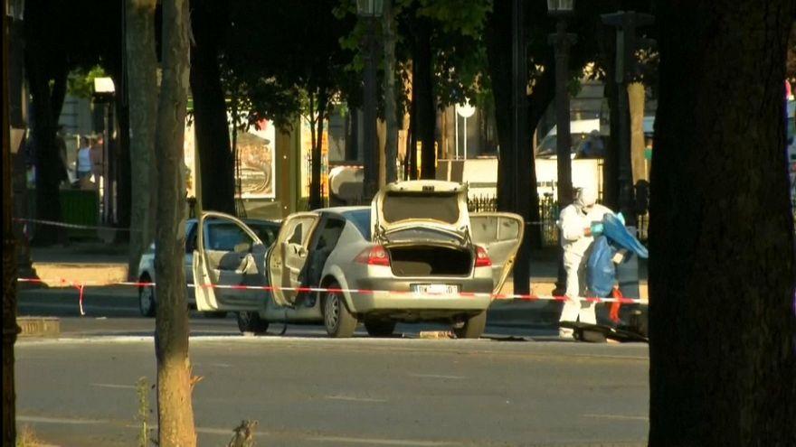 Paris'te jandarmaya saldırı