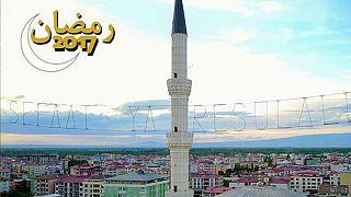 ترکیه: افطار در یک شهر با دو اذان
