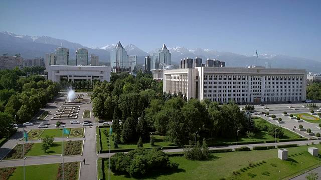 Almaty: la città dai mille colori