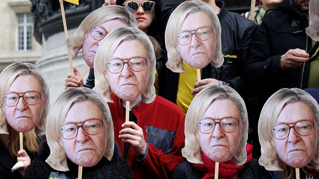 France : des chaînes empêchent Le Pen père d'entrer au siège du FN