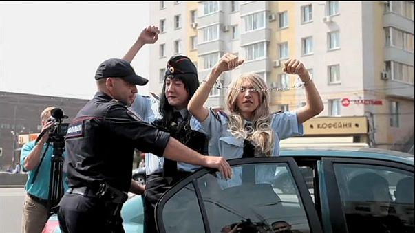 Court slams Russian gay law