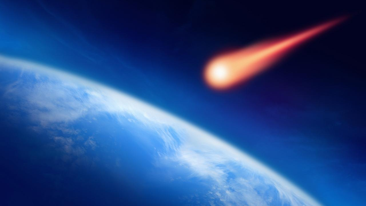 Image: Meteor Falling to the Earth