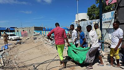 Somalia blast kills at least 15, police say