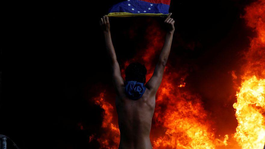 Венесуэльцы против президента Мадуро