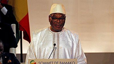 """Mali : remise d'une """"charte pour la paix"""" boycottée par l'ex-rébellion"""