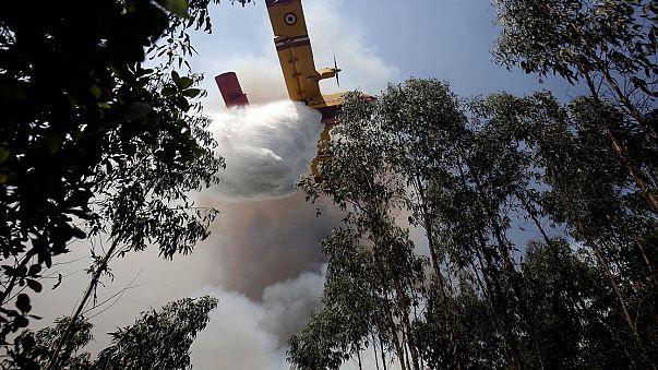 Még mindig lángol az erdő Portugáliában