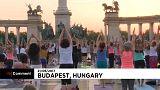 Saludo al Sol en el centro de Budapest