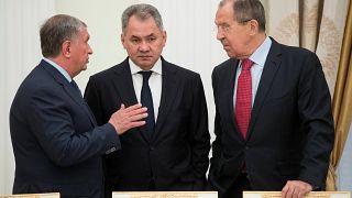 Rus bakanın uçağına NATO tacizi iddiası