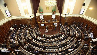 Le gouvernement algérien soumet son plan d'action économique et social à l'Assemblée
