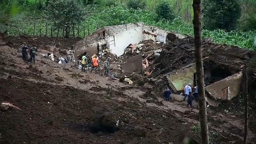 Un alud deja al menos una decena de muertos en Guatemala