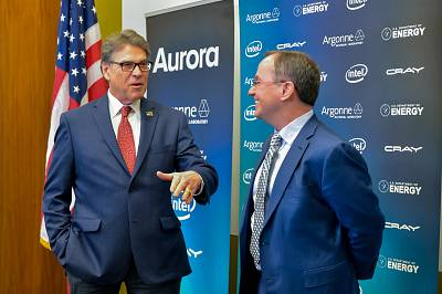 "Secretary of Energy Rick Perry (left) and Intel CEO Bob Swan at an announcement regarding the ""Aurora"" supercomputer in Chicago on March 18, 2019."