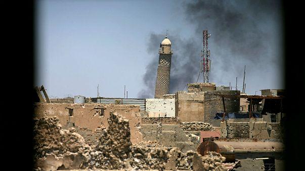 تفجير جامع النوري ومنارة الحدباء التاريخية غرب الموصل