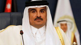 أمير قطر يهنىء ولي عهد السعودية على الرغم من احتدام الأزمة