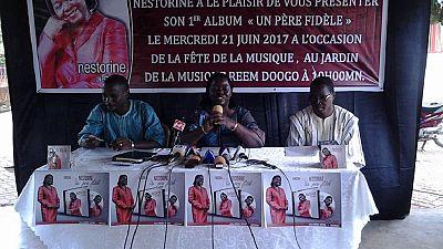 """Burkina : une ex-ministre de Compaoré chante pour la """"réconciliation"""""""
