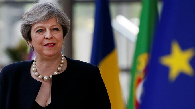 Theresa May to outline proposals for EU citizens in UK at Brussels dinner