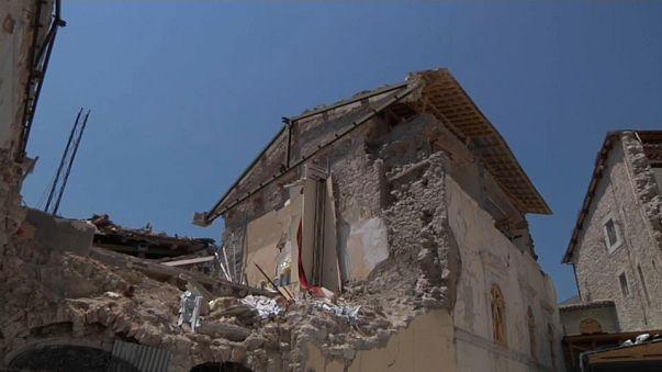 Пыль и руины: год спустя после землетрясения в Италии