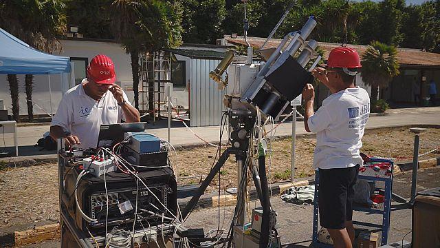 Paneles solares, un minucioso trabajo en equipo
