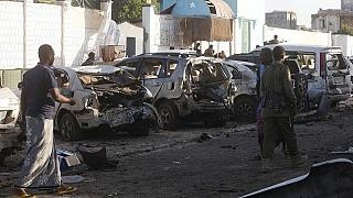 At least 4 killed in car bomb attack outside Somali police station