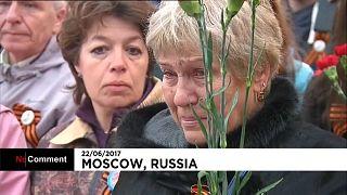 Commémoration pluvieuse à Moscou