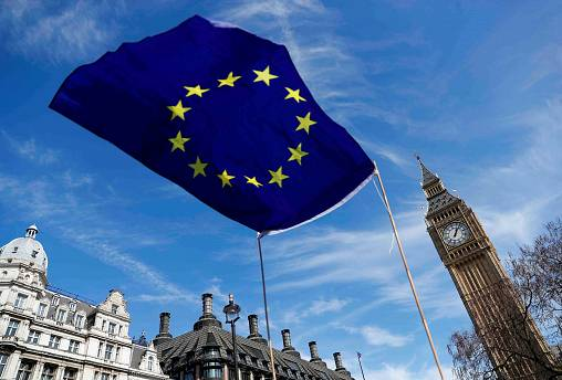 First day of EU summit sees May set out expat plan