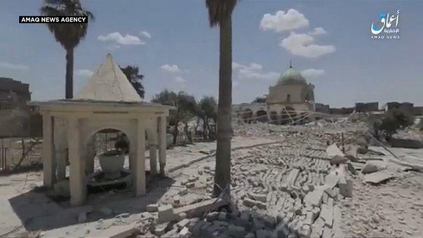 [شاهد] داعش يبث صورا ينفي فيها تورطه بتفجير المنارة الحدباء