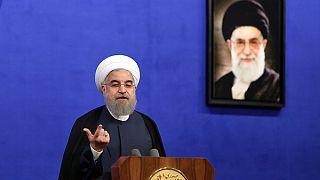 روحانی: باید اقتصاد را از دولت به مردم واگذار کنیم