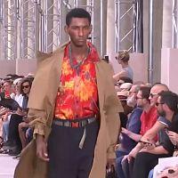 Hawaii-Hemden von Vuitton auf der Pariser Modewoche