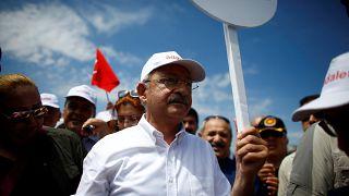 """""""Türk Gandi'nin yürüyüşü Erdoğan'ı korkutuyor"""""""