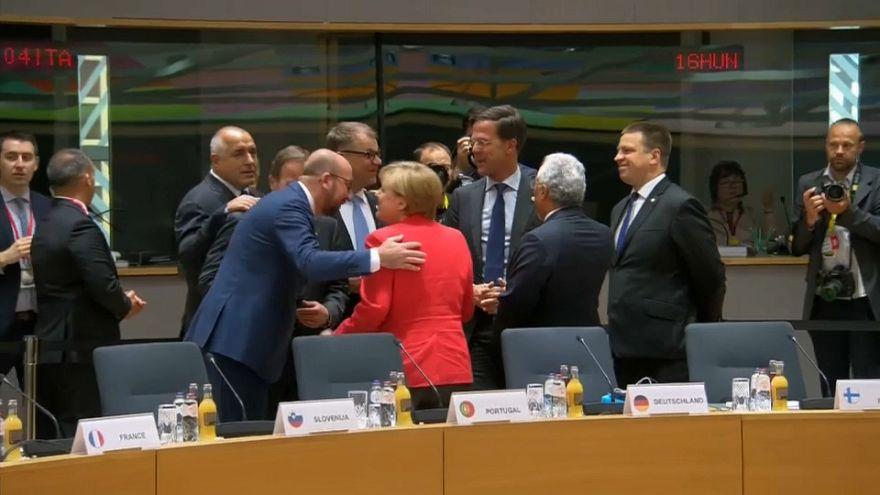 UE: proposta da PM britânica abaixo das expetativas, segundo líderes europeus